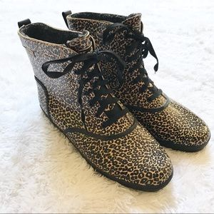 Keds Women's ankle lace up rain boots
